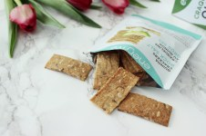 Metro local products Ottawa_Fashion Blog_Enerjive quinoa crackers 3