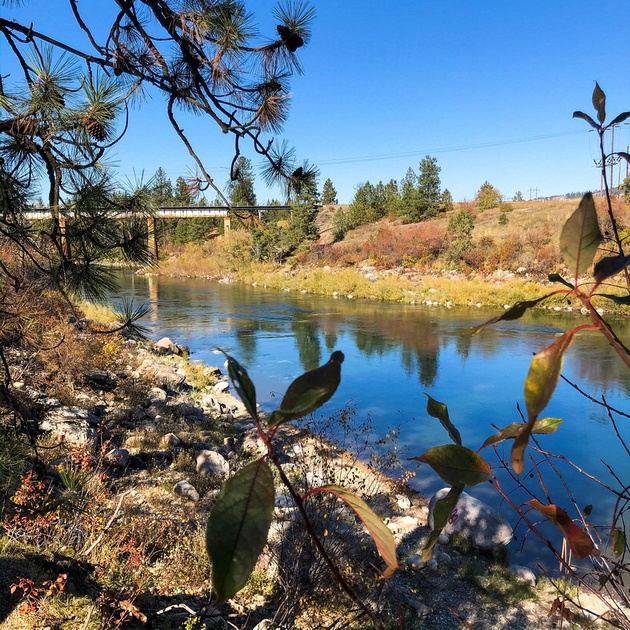 Washington Road Trip - Best Hiking Trails in Washington State. A view of the Spokane River from the Centennial Trail near Spokane Valley, Washington.
