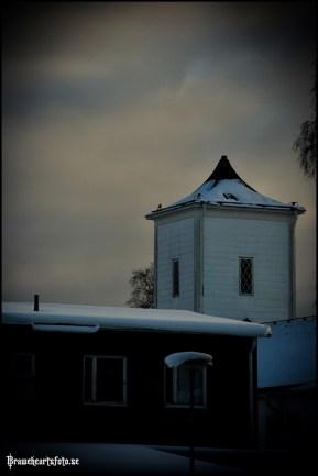 Utsikten sedd ifrån garagenerfarten mot Televinkens kyrktorn