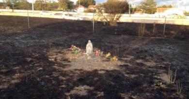 Socha a ikona zázračne neporušené požiarom