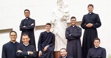 Načo je kňazom reverenda?