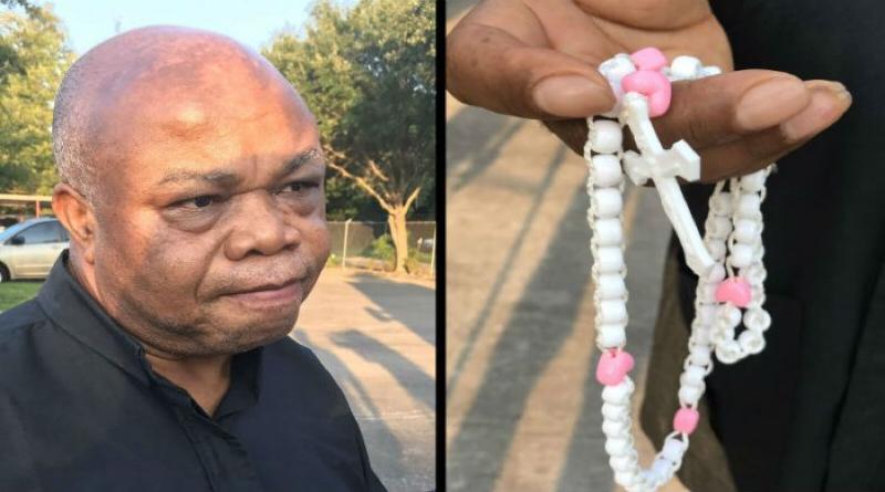 Texaský kňaz zázračne prežil streľbu s ružencom v rukách