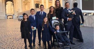 Zázračný kardinál Newman zachránil matku i dieťa