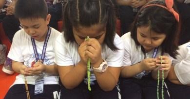 Radostný ruženec pre deti – zamyslenia k desiatkom