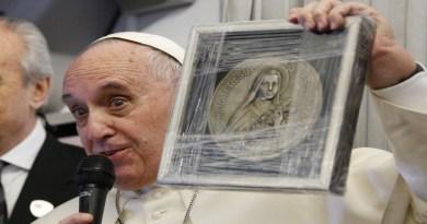 Zázraky malej Terezky pre pápeža Františka