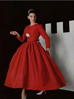 Платья в стиле 50-х годов: фото вечерних и повседневных ...