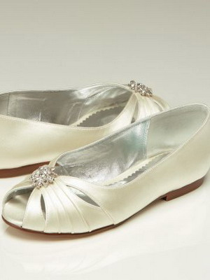 Wedding shoes 2018 year and their photos 31