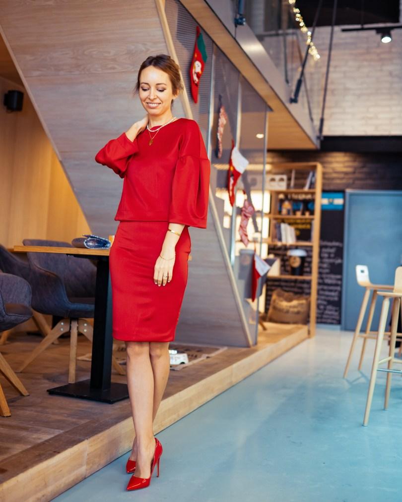 5 tipov na Instagram bez stresu a v pohode Modny tucet cervene šaty Sugarbird fashion blogerka kaviaren