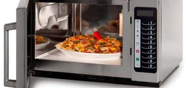 نتيجة بحث الصور عن أهم استخدامات الميكروويف في المطبخ ونصائح الأمان