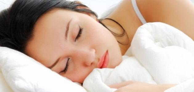 ما هو عدد ساعات النوم الطبيعي موضوع
