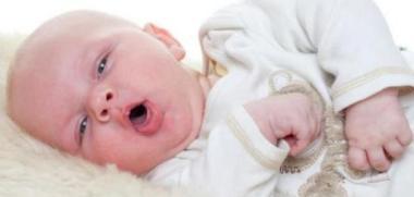 أعراض مرضية يتعرض الرضع وكيفية التصرف