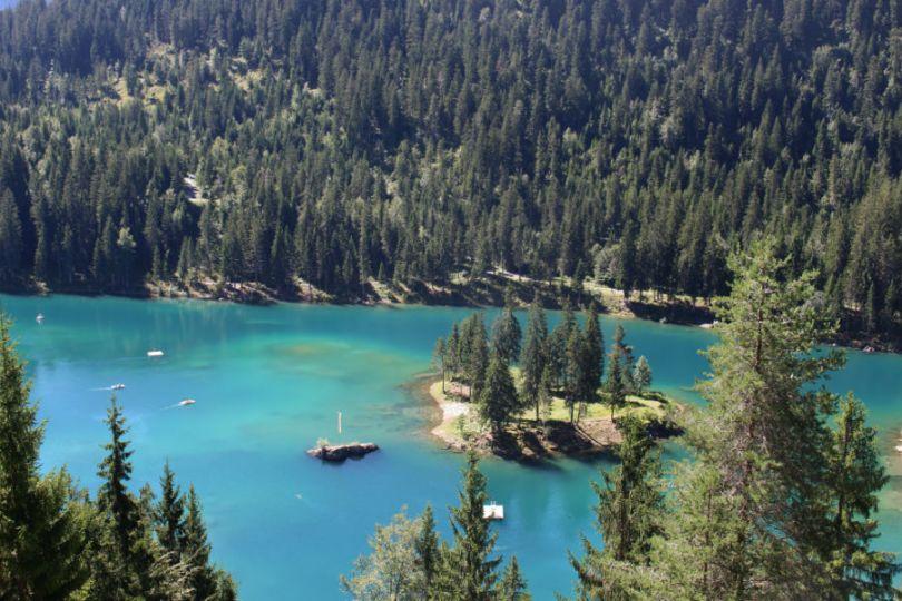 Lago Caumasee na Suíça