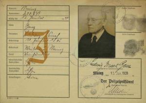https://www.holocaust.cz/de/datenbank-der-digitalisierten-dokumenten/dokument/93220-ganz-isidor-todesfallanzeige-ghetto-theresienstadt/