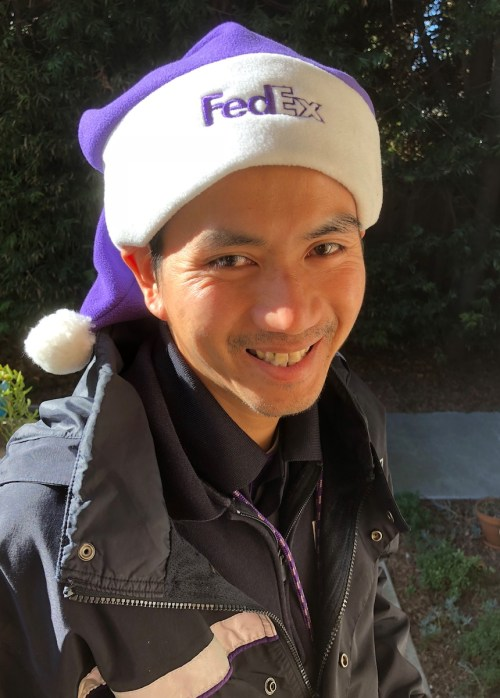 FedEx brand meets Santa: Clever use of holiday branding