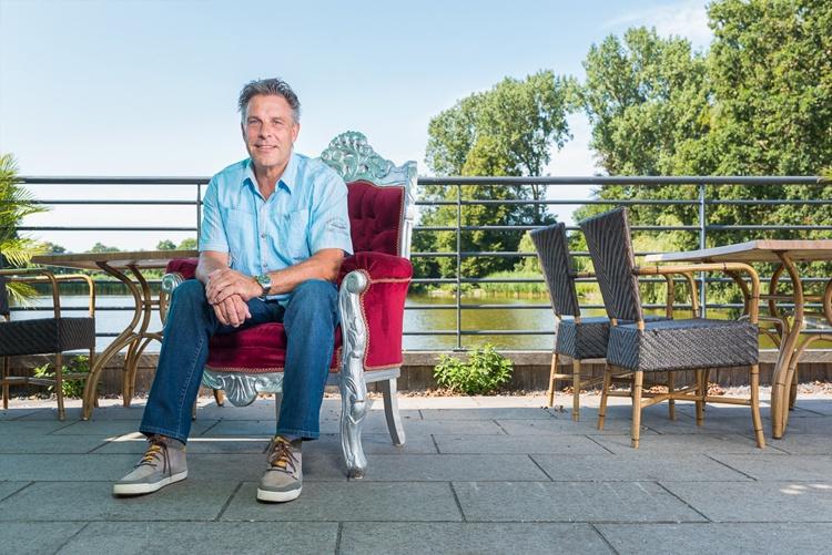 MijnMoerwijk Magazine 200 jaar Koninkrijk Edu van Deursen - Ik wil dat de Moerwijker lekkerder in zijn vel komt te zitten