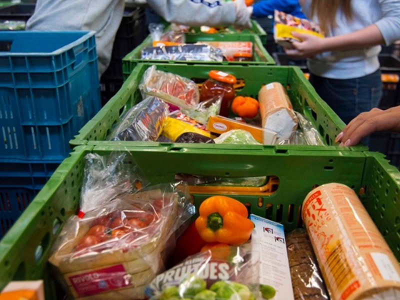 Coronahulp actie Voedselbank 1e week meer dan geslaagd!