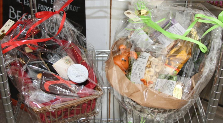 gavekurve med chokolade og økologiske fødevarer
