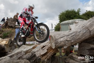 Joanne Coles during qualification laps at North Berks SuperTrial – NATIONAL Championship, 03 AUGUST 2013
