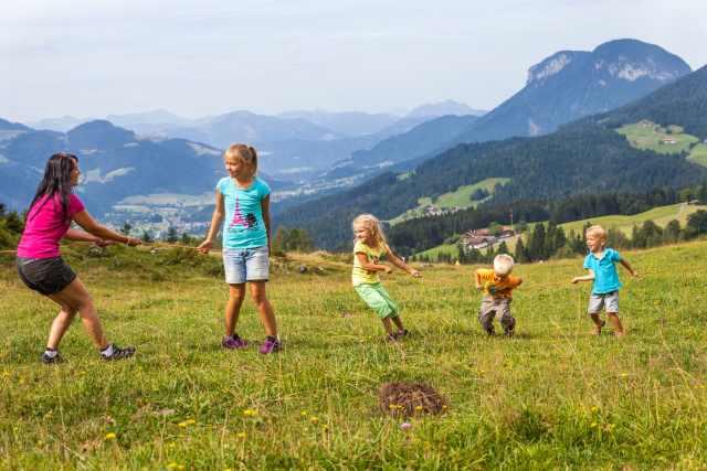 Hinterschießlingalm, Scheffau, Family in Summer, Mogasi