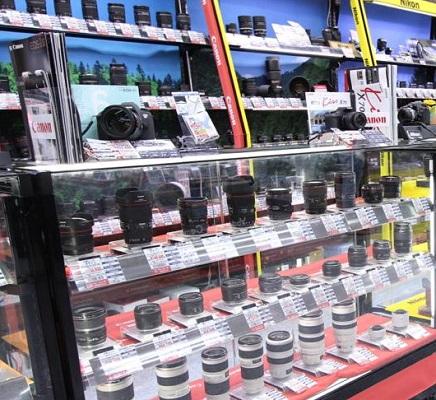カメラ 量販店