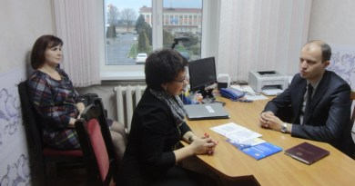 Председатель Могилёвской областной организации Белорусского профсоюза работников местной промышленности и коммунально-бытовых предприятий провёл выездной приём в Круглянском районе