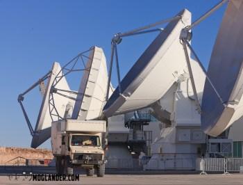 high precision antennas ALMA Atacama stargazing
