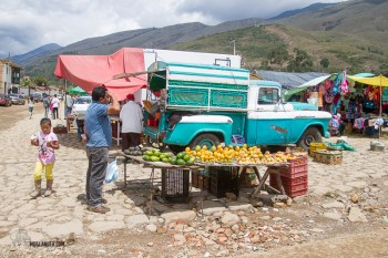 a huge number of old pickups are used to bring fruit and veg to the markets.
