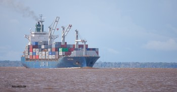 As well as canoe's we saw some very impressive ships on the Amazon.