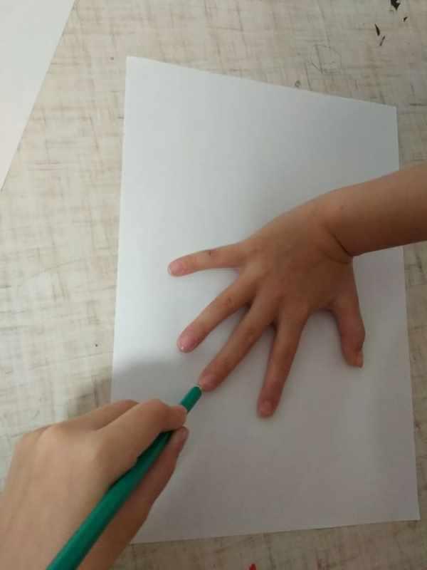 Как нарисовать елку легко и красиво карандашом и красками ...