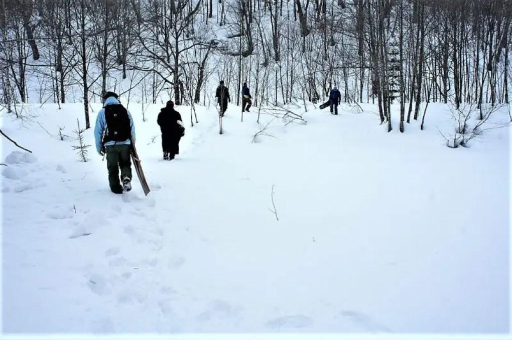 BASIS-冬旅-雪板トレック体験