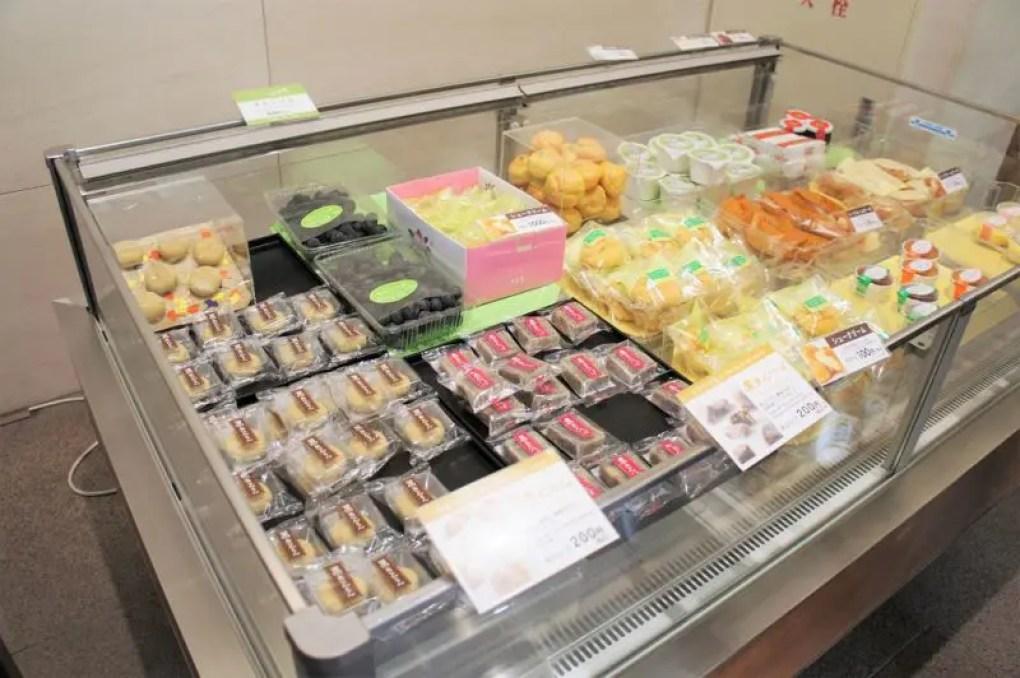 六花亭 帯広本店/お得意様専用ラウンジ 極楽