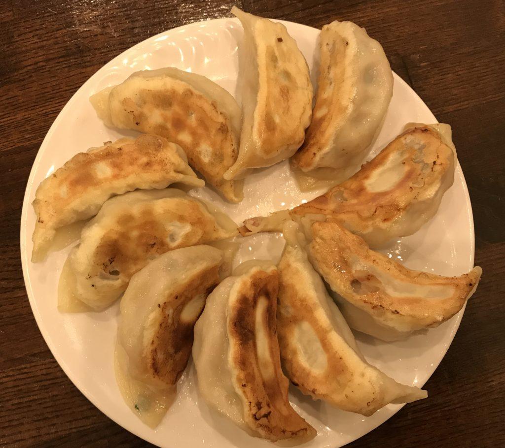 口コミで人気 笹塚 笹華 餃子