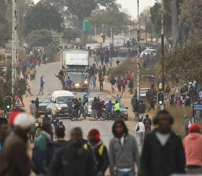 Zimbabwe blocks Whatsapp
