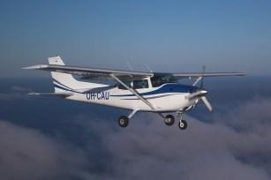 Cessna 172 Source: www.m0a.com