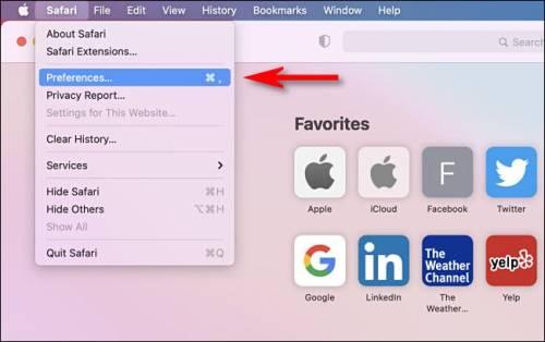 الضغط على كلمة Safari ثم اختيار Preferences