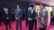 Sekjen ICMI bersama Ketua MK,Prof Arif Hidayat & Ketua Umum ICMI,Prof. Jimly Asshiddiqie (16/4)di Gedung MK,Jakarta.