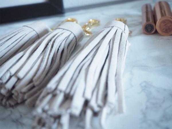 bijoux de sac beige made in france atelier fait main paris