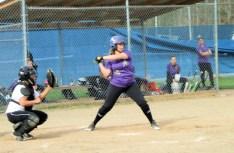 Amber Iannotti at bat
