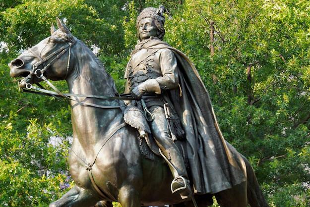 General_Pulaski_featured