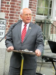 Congressman Paul Tonko. Photo by Catherine Pikul.