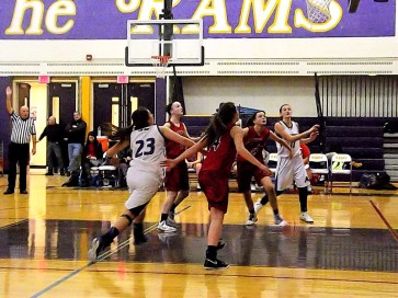 Giuliana Pritchard and Fedullo battle for a rebound