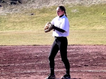 BPHS pitcher Nicole Traver