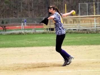 Jessica Gardinier delivering a pitch