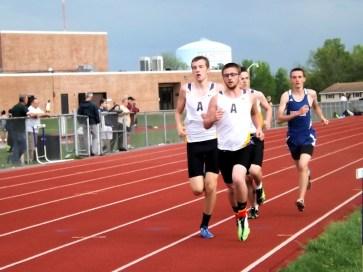 Jon Knack leads the pack