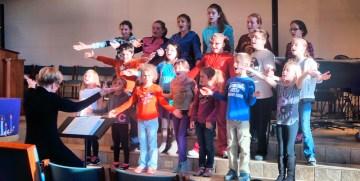 Theresa Jackson directs the children's chorus