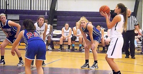 Autumn Duemler lines up a free throw