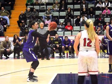 Nina Fedullo shooting the last free throws
