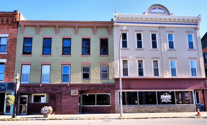 24-26 Main Street, 30-32 East Main Street