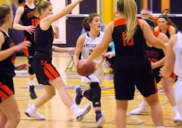 Gianna DeRosa challenges the opposing defense