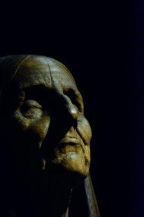 Old Woman praying Ny Carlsberg Glyptotek Kopenhagen